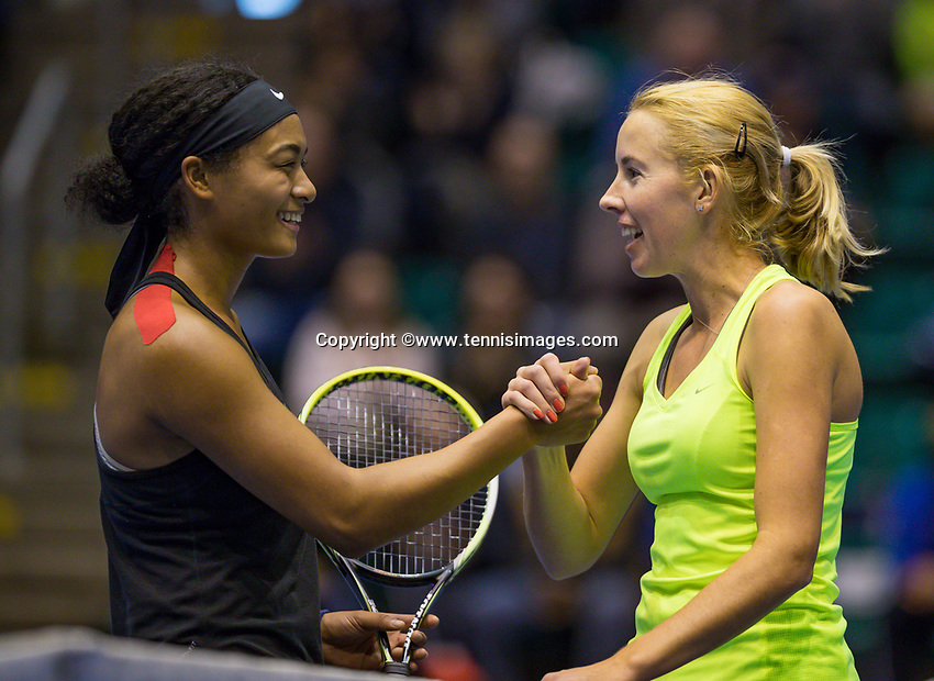 Rotterdam, Netherlands, December 17, 2017, Topsportcentrum, Ned. Loterij NK Tennis, Winner woman'sl  single final : Chayenne Ewijk (NED) (R) is congratulated by runner up Dainah Cameron (NED)<br /> Photo: Tennisimages/Henk Koster