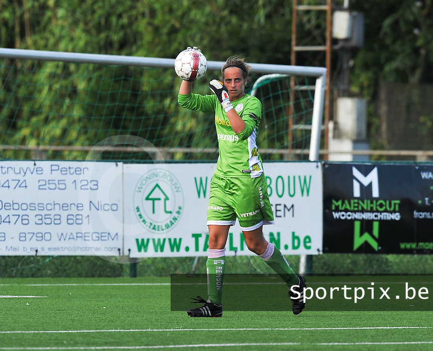 SV Zulte Waregem Dames : Nele Cortvriend.foto DAVID CATRY / Vrouwenteam.be