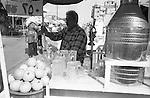 Shatila, main road. A vendor of fresh orange juice.<br />  <br /> Chatila, rue principale. Un vendeur de jus d'oranges fra&icirc;chement press&eacute;.
