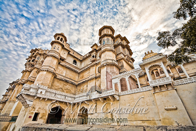 Exterior view of The City Palace, a fusion of the Rajasthani and Mughal architectural styles.<br /> (Photo by Matt Considine - Images of Asia Collection)