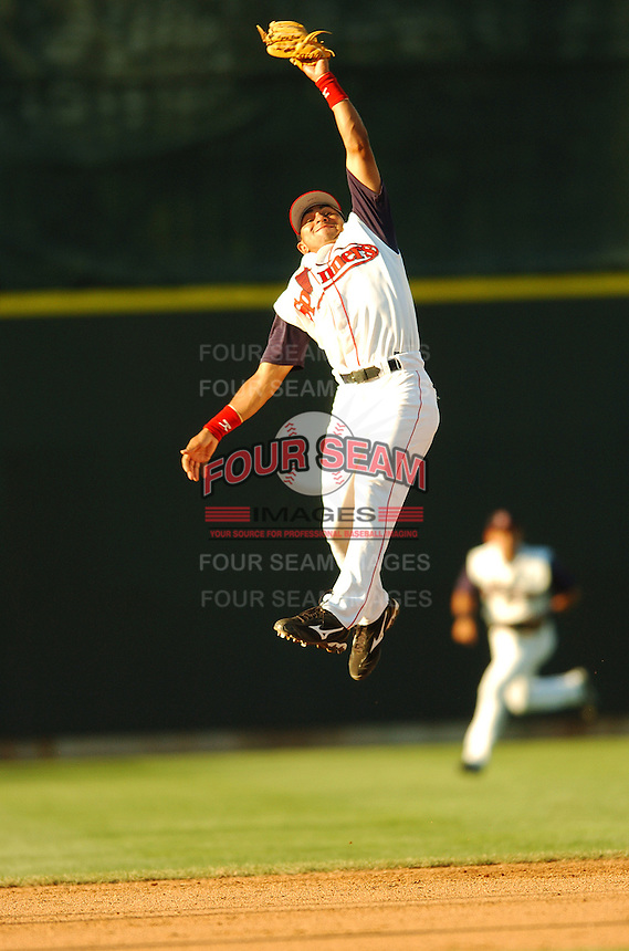 June 21 2008:  Ryan Dent of the Lowell Spinners at LeLacheur Park in Lowell, MA.  Photo by:  Ken Babbitt/Four Seam Images