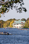 Boston University Boathouse, DeWolfe Boathouse, Start of the Head of the Charles Regatta, Rowers, 2006 Head of the Charles Regatta, Charles River, Cambridge,  Boston, Massachusetts, USA. Sunday October 22, 2006