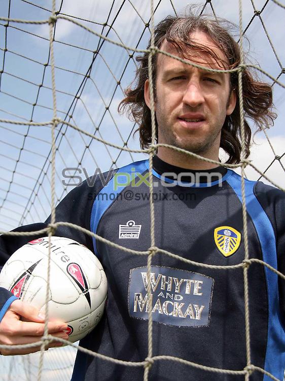 Pix: VAUGHN RIDLEY/SWpix.com. Coca Cola Championship, Leeds United's Steve Stone, 06.05.2006..copyright picture>>simon wilkinson>>07811267706>>..Leeds United's Shaun Derry