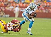 Detroit Lions running back Theo Riddick (25) runs out of an attempted tackle by Washington Redskins inside linebacker Keenan Robinson (52) in first quarter action at FedEx Field in Landover, Maryland on Thursday, August 20, 2015.<br /> Credit: Ron Sachs / CNP