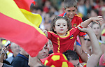 Spain's fans celebrate with flags during World Cup championship celebration parade. July 12, 2010. (ALTERPHOTOS/Alvaro Hernandez)