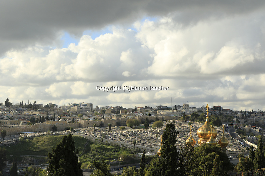 Israel, Jerusalem, a view from the Mount of Olives, the golden domes of the Russian Orthodox Church of Mary Magdalene overlooks East Jerusalem