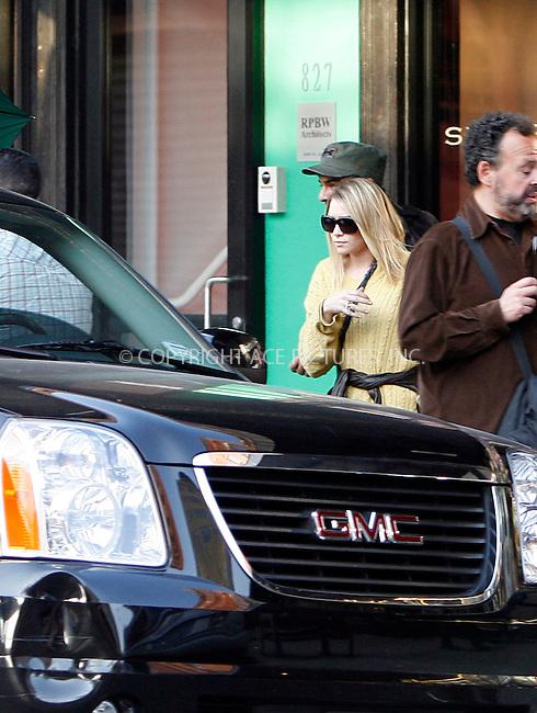 WWW.ACEPIXS.COM . . . . .  ....April 5 2010, New York City....Actress Ashley Olsen seen shopping in Soho on April 5 2010 in New York City....Please byline: NANCY RIVERA- ACEPIXS.COM.... *** ***..Ace Pictures, Inc:  ..Tel: 646 769 0430..e-mail: info@acepixs.com..web: http://www.acepixs.com