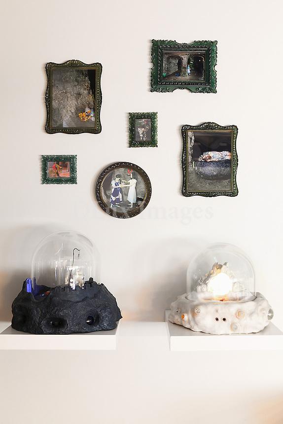 wall photo frames