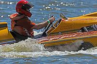 """Ray Maloney, E-42 """"go,go, girl"""" (Lauterbach 280 class hydroplane)"""