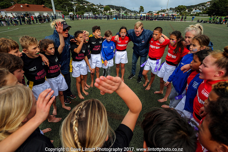 Poverty Bay and North Harbour huddle after the final. Day two of the 2017 Air NZ Rippa Rugby Championship at Wakefield Park in Wellington, New Zealand on Tuesday, 19 September 2017. Photo: Dave Lintott / lintottphoto.co.nz