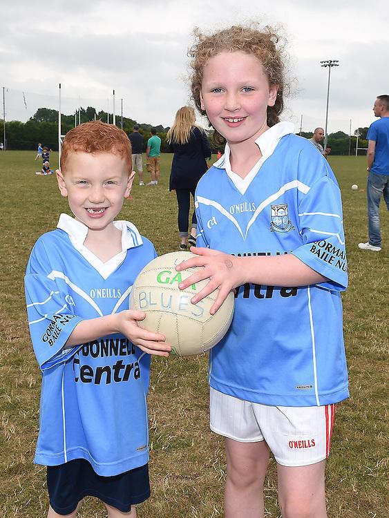 Senan and Aoibheann Carr at the Newtown Blues GAA Juvenile Triathlon Fundraiser.  Photo:Colin Bell/pressphotos.ie