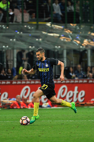 April 30th 2017, San Siro Stadium, Milan, Italy; Antonio Candreva of Inter in action during the Serie A football match, Inter Milan versus Napoli;