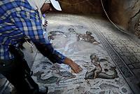 JENDOUBA , TUNISIA - SETTEMBRE 21:Bulla Regia, il sito archeologico nella Tunisia nord-occidentale, antica città romana. È nota per le sue abitazioni semisotterranee di epoca adriana, e i suoi mosaici