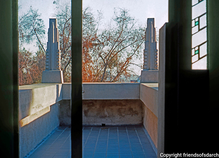 F.L. Wright: Barnsdall House. Balcony from bedroom. Los Angeles