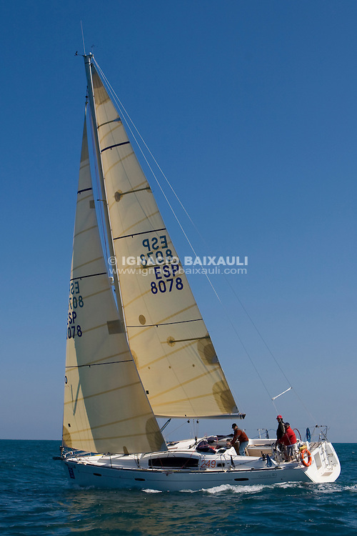 ESP 8078 FALAGUER Emilio Armengod Oliver OCEANIS 40 CN S.Carles de la R&agrave;pita <br /> Salida de la 22 Ruta de la Sal 2009 Versi&oacute;n Este, Denia, Alicante, Espa&ntilde;a