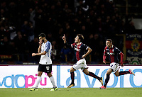 Calcio, Serie A: Bologna, stadio Renato Dall'Ara, 19 settembre 2017.<br /> Bologna's Simone Verdi (c) celebrates after scoring during the Italian Serie A football match between Bologna and Inter Milan at Bologna's Renato Dall'Ara stadium, September 19, 2017.<br /> UPDATE IMAGES PRESS/Isabella Bonotto