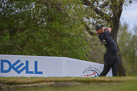 Xander Schauffele (USA) watches his tee shot on 12 during day 2 of the World Golf Championships, Dell Match Play, Austin Country Club, Austin, Texas. 3/22/2018.<br /> Picture: Golffile | Ken Murray<br /> <br /> <br /> All photo usage must carry mandatory copyright credit (&copy; Golffile | Ken Murray)
