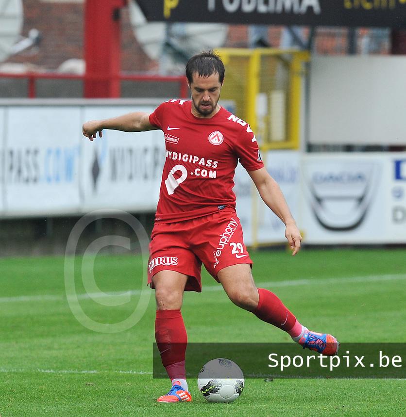 KV Kortrijk : Romain Reynaud.foto VDB / BART VANDENBROUCKE