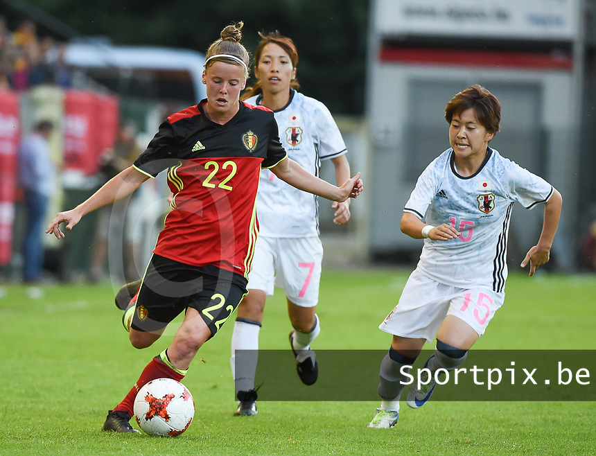 20170613 - LEUVEN ,  BELGIUM : Belgian Laura Deloose (L) and Japanese Yuka Sugasawa (R) pictured during the female soccer game between the Belgian Red Flames and Japan , a friendly game before the European Championship in The Netherlands 2017  , Tuesday 13 th Juin 2017 at Stadion Den Dreef  in Leuven , Belgium. PHOTO SPORTPIX.BE | DIRK VUYLSTEKE