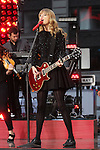"Taylor Swift performing on ""Good Morning America"" outside the ABC Times Square Studio in New York, 23.10.2012. .Credit: Rolf Mueller/face to face"