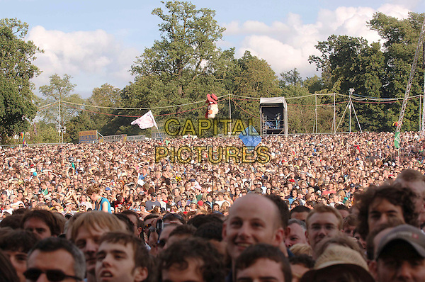 AUDIENCE.Watching Keane play live at The 2006 V Festival, Hylands Park, Chelmsford, Essex, England,.20th August 2006 .fans festival music concert gig band.CAP/ BEL.©Tom Belcher/Capital Pictures.