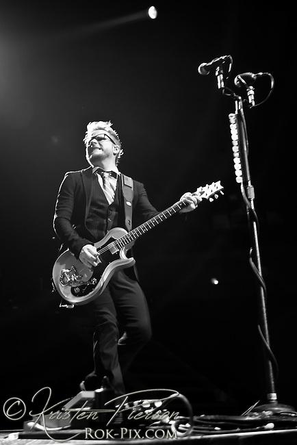 Shinedown perform at Mohegan Sun Arena May 3, 2013