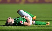 FUSSBALL   1. BUNDESLIGA   SAISON 2013/2014   7. SPIELTAG SV Werder Bremen - 1. FC Nuernberg                    29.09.2013 Zlatko Junuzovic (SV Werder Bremen) verletzt am Boden