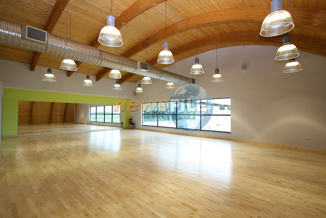 Aura Leisure Centre New Building..Photo NEWSFILE/Jenny Matthews.(Photo credit should read Jenny Matthews/NEWSFILE)....This Picture has been sent you under the condtions enclosed by:.Newsfile Ltd..The Studio,.Millmount Abbey,.Drogheda,.Co Meath..Ireland..Tel: +353(0)41-9871240.Fax: +353(0)41-9871260.GSM: +353(0)86-2500958.email: pictures@newsfile.ie.www.newsfile.ie.FTP: 193.120.102.198.