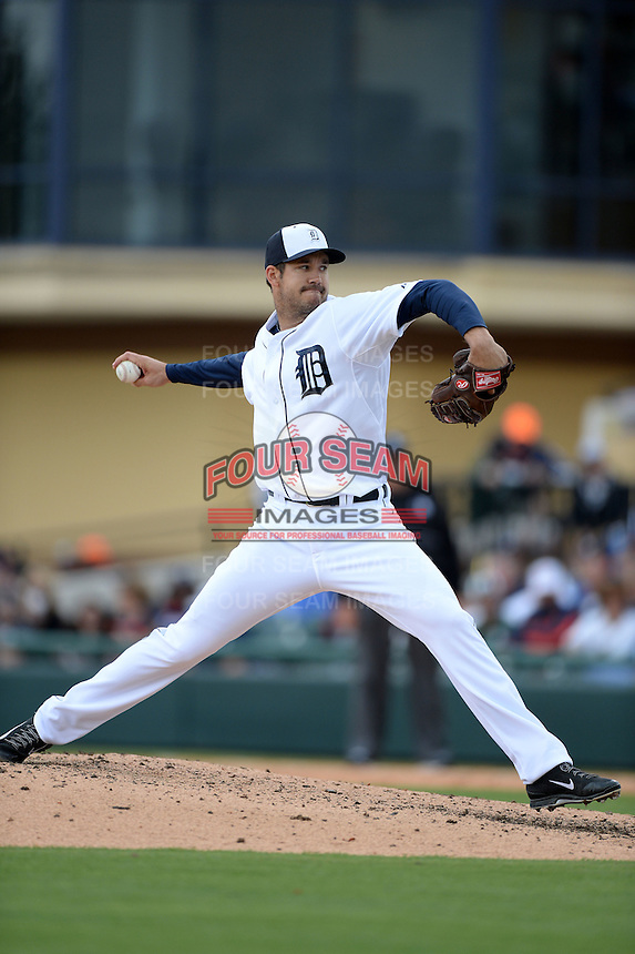 Detroit Tigers pitcher Luke Putkonen (39) during a spring training game against the Atlanta Braves on February 27, 2014 at Joker Marchant Stadium in Lakeland, Florida.  Detroit defeated Atlanta 5-2.  (Mike Janes/Four Seam Images)