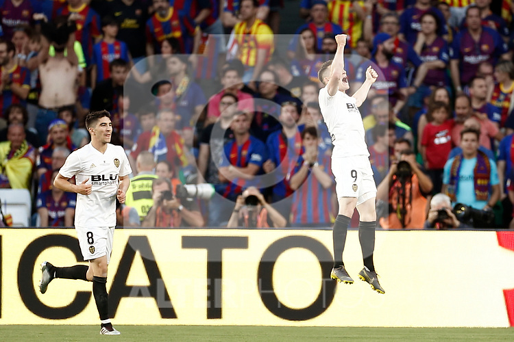 Valencia CF's Carlos Soler (l) and Kevin Gameiro celebrate goal during Spanish King's Cup Final match. May 25,2019. (ALTERPHOTOS/Carrusan)
