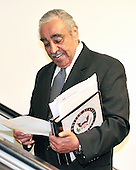 United States Representative Charlie Rangel (Democrat of New York) reads some notes as he arrives at the U.S. Capitol prior to making a statement on his ethics situation on the floor of the U.S. House of Representatives in Washington, D.C. on Tuesday, August 10, 2010..Credit: Ron Sachs / CNP.(RESTRICTION: NO New York or New Jersey Newspapers or newspapers within a 75 mile radius of New York City)