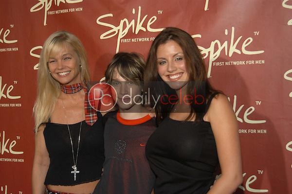 Julie McCullough, Marsen Hefner and Penelope Jimmenez