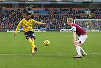 2nd February 2020; Turf Moor, Burnley, Lancashire, England; English Premier League Football, Burnley versus Arsenal; Joe Willock of Arsenal crosses the ball