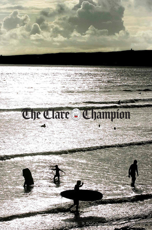 Sunset on lahinch Beach.Pic Arthur Ellis.