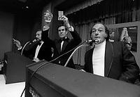 Les premiers ministres Trudeau et Bourassa a l'OSM, dans les annees 70<br /> ( date inconnue, vers 1974)<br /> <br /> Photo:  Agence Quebec Presse