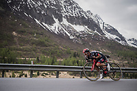tuck position descending for Jan Polanc (SVK/UAE-Emirates) while keeping a snack ready<br /> <br /> Stage 17: Tirano &rsaquo; Canaze (219km)<br /> 100th Giro d'Italia 2017