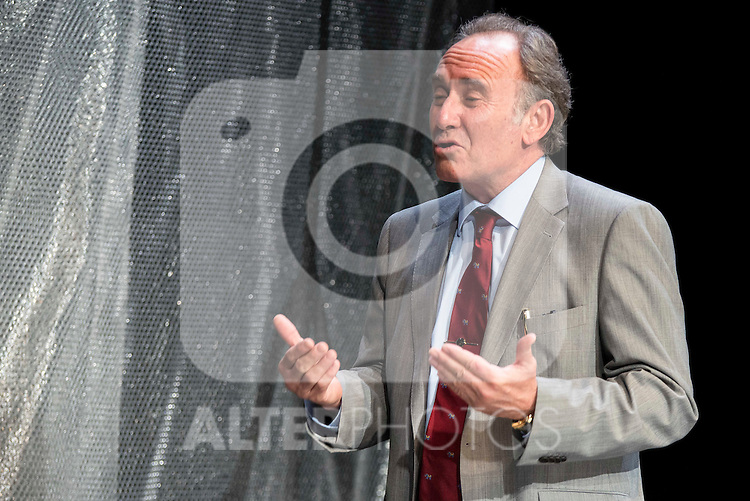 """Philip Rogers during the theater play of """"Debate"""", the comeback to the teather of Toni Canto at Teatros del Canal in Madrid. May 03, 2016. (ALTERPHOTOS/Borja B.Hojas)"""