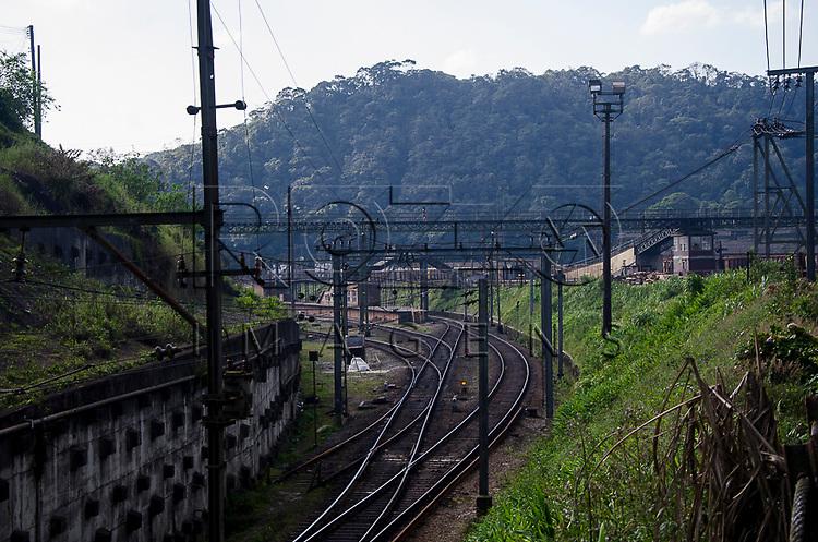 Trilhos de trem na Vila de Paranapiacaba, Santo Andr&eacute; - SP, 04/2013.<br /> * &Eacute; necess&aacute;rio solicitar autoriza&ccedil;&atilde;o para a Vila de Paranapiacaba.