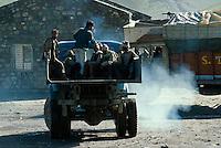 Indien, Ladakh (Jammu+Kashmir), LKW als Taxi