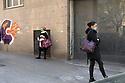 10 aprile 2020, Sassari, via Amendola. Coda in attesa di entrare al supermercato Conad.