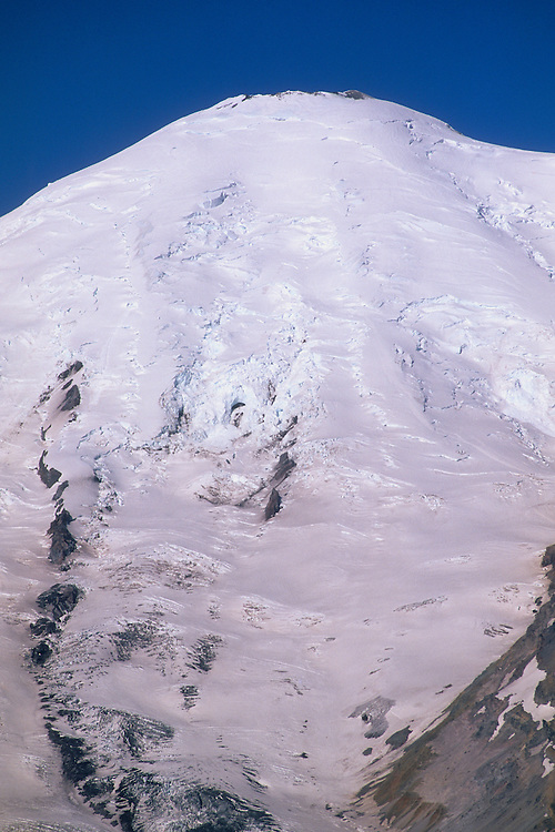 Mount Rainier and Emmons Glacier, Cascades, USA, June 2009