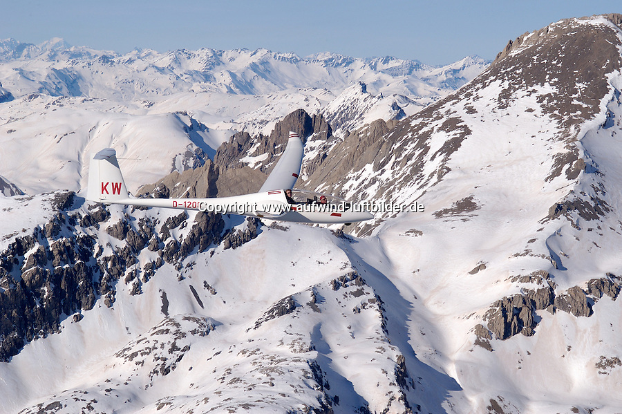 Segelflug, Segelflugzeug, Duo-Diskus, Doppelsitzer, Schempp- Hirth, Alpen, Gebirgssegelflug, Gebirge, Luftsport, Fliegen, Frankreich, Seealpen, Valle de Ubay