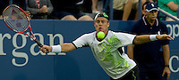 Lleyton Hewitt (AUS) (31) against Thiago Alves (BRA) in the first round. Hewitt beat Alves 6-0 6-3 6-4 ..International Tennis - US Open - Day 1 Mon 31 Aug 2009 - USTA Billie Jean King National Tennis Center - Flushing - New York - USA ..Frey,  Advantage Media Network, Barry House, 20-22 Worple Road, London, SW19 4DH
