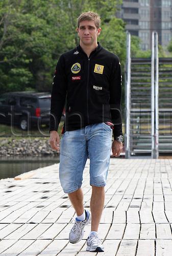 06.10.2011, Montreal, Canada. Formula 1 Grand Prix.   Vitaly Petrov, Lotus Renault, ..