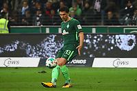 Milos Veljkovic (SV Werder Bremen) - 03.11.2017: Eintracht Frankfurt vs. SV Werder Bremen, Commerzbank Arena