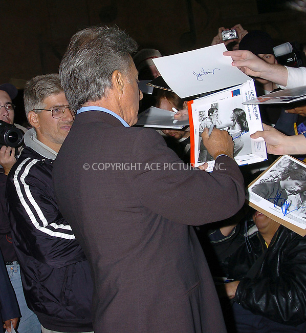 WWW.ACEPIXS.COM . . . . .  ....NEW YORK, OCTOBER 21, 2004....Dustin Hoffman arrives for an appearance on The Late Show with David Letterman.....Please byline: AJ Sokalner - ACE PICTURES..... *** ***..Ace Pictures, Inc:  ..Alecsey Boldeskul (646) 267-6913 ..Philip Vaughan (646) 769-0430..e-mail: info@acepixs.com..web: http://www.acepixs.com