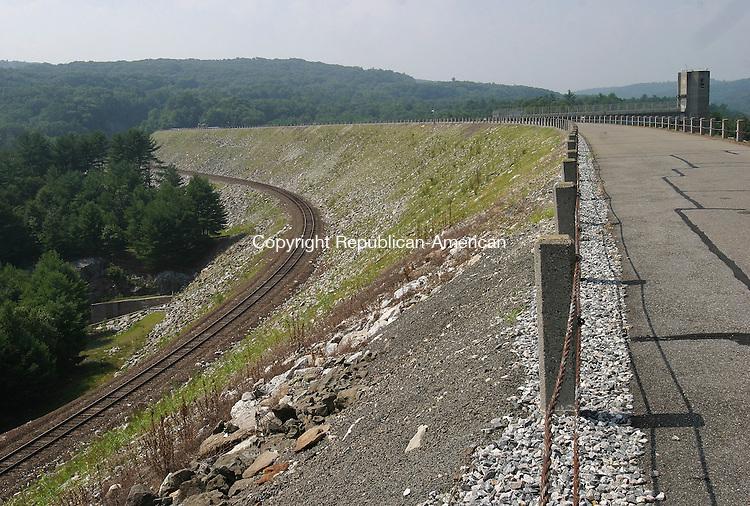 THOMASTON, CT - 25 July 2005- 072505BZ04- The Thomaston Dam.<br /> Jamison C. Bazinet Photo