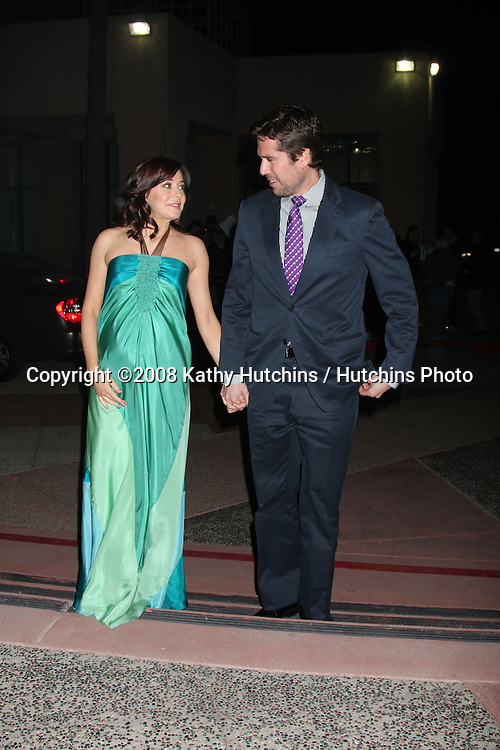 "Alexis Denisof & Alyson Hannigan arriving at A Evening With  ""How I Met Your Mother"" at the Academy of Television Arts & Sciences in No. Hollywood , CA on .January 27, 2009.©2008 Kathy Hutchins / Hutchins Photo.."