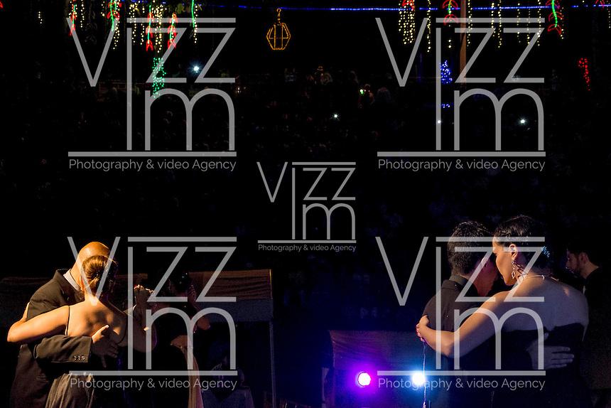 MANIZALES-COLOMBIA. 05-01-2016: Bailarines durante la primera ronda del Festival de Tango como parte de la versión número 60 de La Feria de Manizales 2016 que se lleva a cabo entre el 2 y el 10 de enero de 2016 en la ciudad de Manizales, Colombia. / Dancers during the first round of the Tango Festival as part of the 60th version of Manizales Fair 2016 takes place between 2 and 10 January 2016 in the city of Manizales, Colombia. Photo: VizzorImage / Kevin Toro / Cont