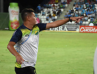 MONTERÍA-COLOMBIA, 29-10-2019: Dayron Pérez, técnico (E) de Atlético Huila, durante partido entre Jaguares de Córdoba y Atlético Huila de la fecha 20 por la Liga Águila II 2019, en el estadio Jaraguay de Montería de la ciudad de Montería. /  Dayron Pérez, coach (E) of Atletico Huila during a match between Jaguares de Cordoba, and Atletico Huila, of the 20th date for the Leguaje Aguila II 2019 at Jaraguay de Montería Stadium in Monteria city. / Photo: VizzorImage / Andrés López  / Cont.